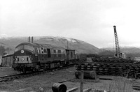D6119, arrives from the west at Balquhidder ? track panels stacked on right NF259-20