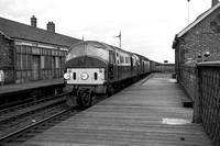 D6148 & D263 (LF) Dheading London tn at Esplanade stn, Dundee 19-3-66 GCB611