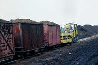JMT23789 - Poland Industrial   at Jozefowo - 05-09-2001 - HolLas peat works Ry.Loaded train  - John Tolson