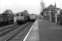 20108 (RR)  shunting at East Kilbride with DMU at platform 27-5-74 WS10413