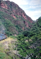 JMT6483 - Mexico SBCRR  2106 at Toward Divisidero - 18-11-1993 - From train on 07.00 Los Mochis to Chihuahua.(loco became FNM 7037)  - Builder EMD 1976  - John Tolson