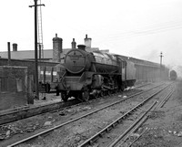 45075 (LF) Farnley Jct shed 13/5/56