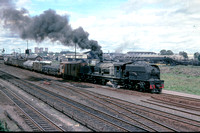BW2900 - Rhodesia RR Class 14A, 518 at Westgate (Bulawayo) - 07-11-1978 - Departs on freight  - Builder BP 7591-1953  - Brian Walker